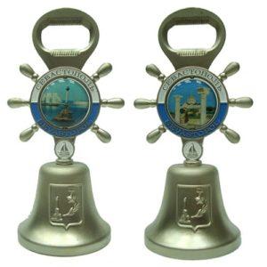 Колокольчик металлический с монетой