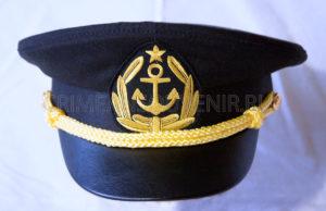 Фуражка капитана гражданского судна с кокардой-якорем